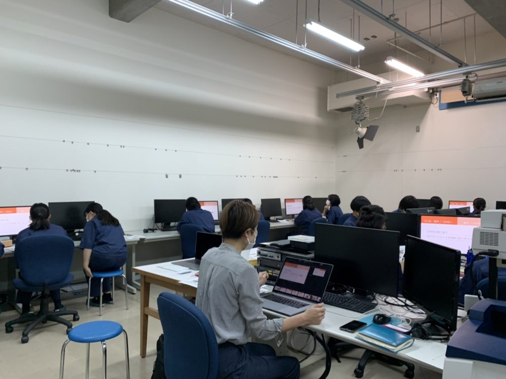 佐土原高校産業デザイン科